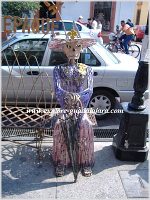 Skeleton lady in Tlaquepaque