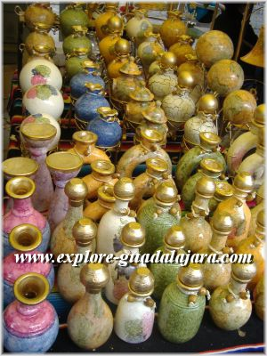 Beautifully crafted vases for sale in Tonala